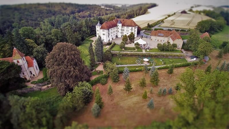 8280_Schloss-Neuhaus-2