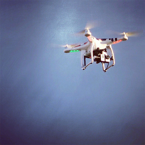 328_Drohne_DOMatDESIGN