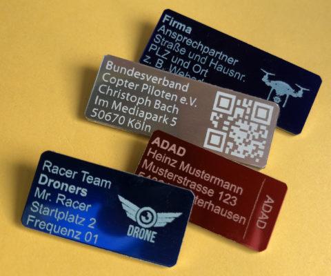 Drohnen-Plaketten mit eigenem Logo oder Label