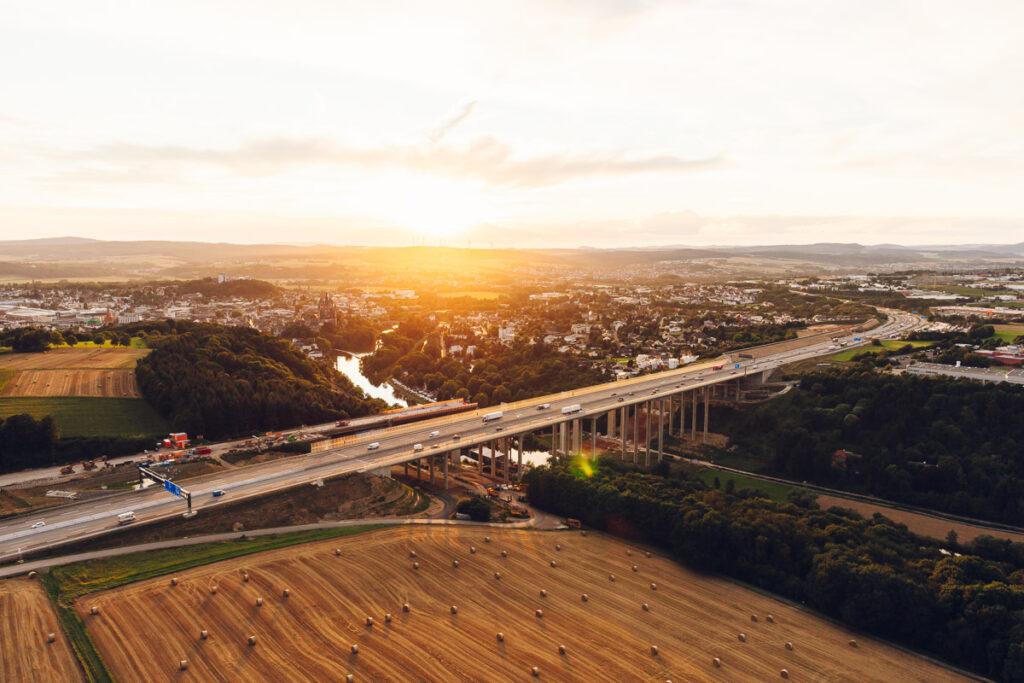 Luftbild Lahntalbruecke Limburg