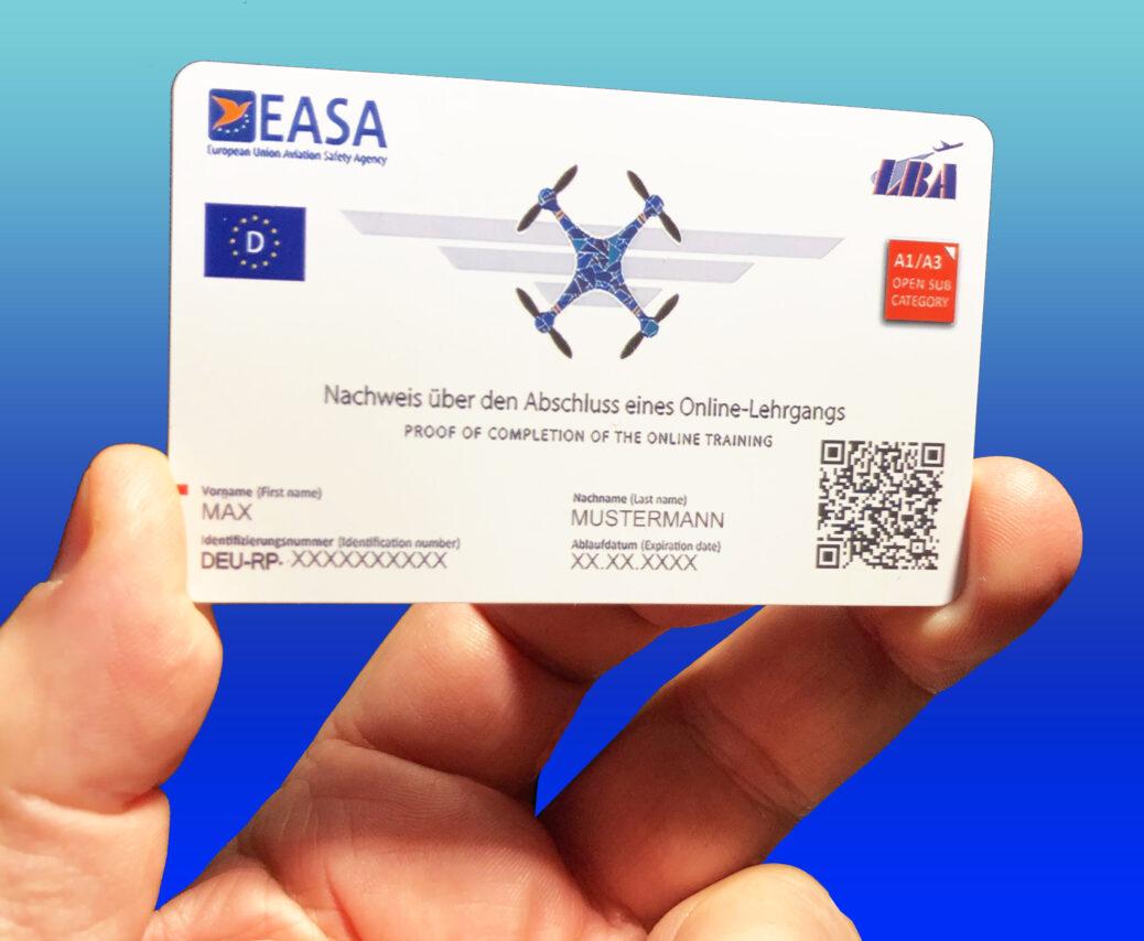 EU-Ausweiskarte im EC-Karten-Format